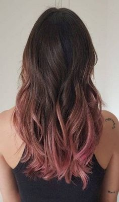 Pink Ombre Hair, Brown Ombre Hair, Hair Color Pink, Cool Hair Color, Brown Hair Colors, Brown And Pink Hair, Rose Gold Hair Brunette, Brown To Pink Ombre, Dip Dye Brown Hair