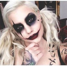 Halloween – make-up make-up and Co. # make-up # make-up Halloween – Make-up Makeup and Co. Maquillage Halloween Clown, Halloween Makeup Witch, Halloween Inspo, Scary Halloween Costumes, Halloween Looks, Couple Halloween, Diy Costumes, Halloween 2016, Harley Quinn Halloween