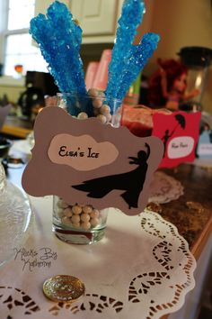 Disney Birthday Party ideas. DIY. Elsa ice. Frozen