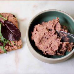 Vegansk bønnepostei med tamari Steak, Beef, Food, Red Peppers, Meat, Eten, Ox, Steaks, Ground Beef
