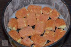 Tiramisu cu capsune - CAIETUL CU RETETE Tiramisu, Watermelon, Deserts, Dessert Recipes, Cookies, Baking, I Love, Crack Crackers, Biscuits