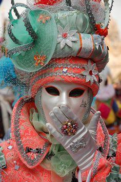 Muah! *[image credit: mpuppett1] on flickr.com    *Masquerade