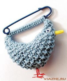 Knitted brooch pins BLUEBIRD. Discussion on LiveInternet - Russian Service Online Diaries