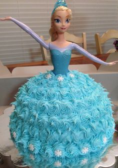 Frozen birthday cake-Elsa doll in center