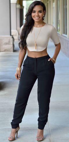 This top and the black pants...yess