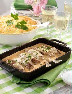 Lövbiffsrullader fyllda med färs | Allas Recept Beef Recipes, Cake Recipes, Recipies, Swedish Recipes, Fika, Charcuterie, Lchf, Dory, Food Inspiration
