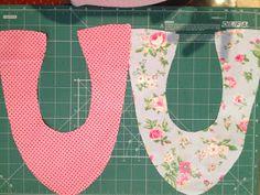 Eu Amo Artesanato: Sapatilha com molde Ag Doll Clothes, Diy Clothes, Diy Earrings Video, Bag Patterns To Sew, Crochet Patterns, Shoe Refashion, Patch Quilt, Ag Dolls, Sewing Techniques