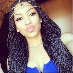 Versatile Senegalese twist styles allow you to craft innovative hairdos. Check out these fabulous Senegalese twist styles Box Braids Hairstyles, African Hairstyles, Senegalese Twist Styles, Senegalese Twist Hairstyles, Senegalese Twist Crochet Braids, Havana Braids, Rope Twist Braids, Curly Hair Styles, Natural Hair Styles