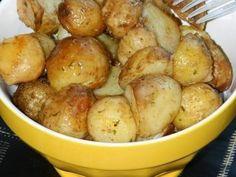 Cartofi noi cu unt de arahide si rozmarin la cuptor - imagine 1 mare
