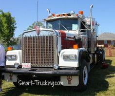 A collection of Kenworth truck pictures. Many models including KW show trucks, new and old truck photos.