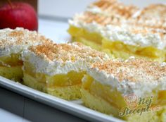Luxury on a saucer - Apple slices with cream cheese NejRecept. Sweet Desserts, Sweet Recipes, Baking Recipes, Dessert Recipes, Tasty, Yummy Food, Bread And Pastries, Graham Crackers, Sweet Tooth