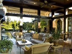 Celebrity outdoor entertaining areas