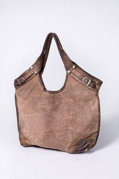 9f682e6c0ea 56 Best Classic handbags - ones I want images   Beige tote bags ...