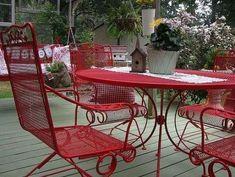 Wrought Iron Garden Furniture, Vintage Patio Furniture, Patio Furniture Makeover, Metal Patio Furniture, Patio Furniture Cushions, Diy Outdoor Furniture, Refurbished Furniture, Outdoor Decor, Iron Furniture