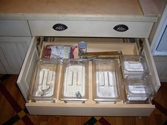 kitchen baking center cabinets | How do you store your pots and pans? - Kitchens Forum - GardenWeb