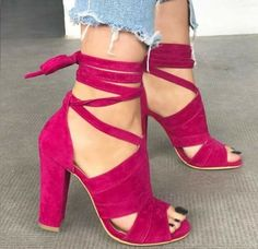 21 High Heel Shoes To Rock This Year 21 High Heel Shoes To Rock This Year high heels shoes heels chaussures talons Cute Heels, Lace Up Heels, Pumps Heels, Stiletto Heels, Heeled Sandals, Sandals Outfit, Hot Pink Heels, Pink Heels Outfit, Bright Pink Heels
