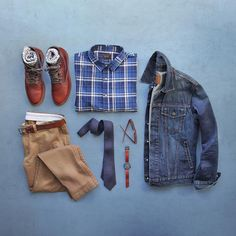 "Phil Cohen on Instagram: ""Wednesday workflow. Boots: @wolverine 1000 Mile Rust Jacket: @gap Shirt: @jachsny Socks: @toddsnyderny @mrgraysocks Chinos/Belt: @jcrew Tie: @railandriver Watch: @miansai"""