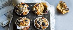 Apricot, blueberry and almond breakfast muffins Banana and yogurt keep these muffins moist, while the butter, ground almonds and oats make them filling. No added sugar means you're getting the day off to a good start too. Almond Muffins, Vegan Muffins, Healthy Muffins, Healthy Breakfast Snacks, Breakfast Muffins, Healthy Treats, Healthy Breakfasts, Healthy Food, Recipes