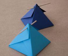 Gracias a Fabrica de Imaginación, blogger de DIY Show, por este packaging piramidal que puedes hacer tu mismo para tener un detalle original.