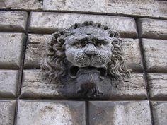 Montepulciano, Palazzo Avignonesi
