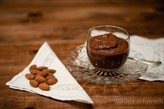 Biancomangiare al cioccolato di Modica Panna Cotta, Ethnic Recipes, Food, Gastronomia, Sicilian, Dulce De Leche, Essen, Meals, Yemek