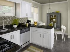 Design Ideas for Beautiful Small Kitchens : Enchanting Small Black and White Kitchen