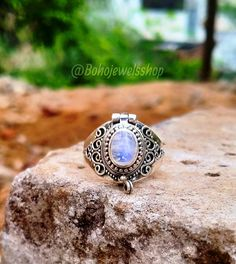 Poison Ring, Rainbow Moonstone Ring, Small Boxes, Gemstone Rings, Gemstones, Jewelry, Little Boxes, Jewlery, Gems