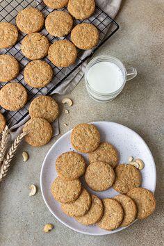 Ezekre figyelj, ha kekszet sütsz: alapreceptet és tippeket is mutatunk - Technológia   Sóbors Ha, Dog Food Recipes, Dog Recipes