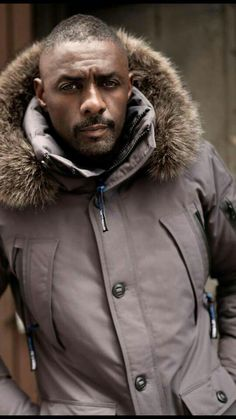 Idris looking good in it too! My Black Is Beautiful, Gorgeous Men, Beautiful People, Idris Elba, Handsome Black Men, Black Man, We Are The World, Raining Men, Brunettes