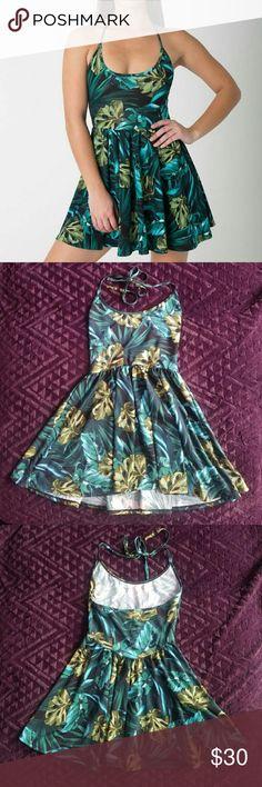 American apparel leaf skater dress Cute leaf dress from American apparel. American Apparel Dresses Mini