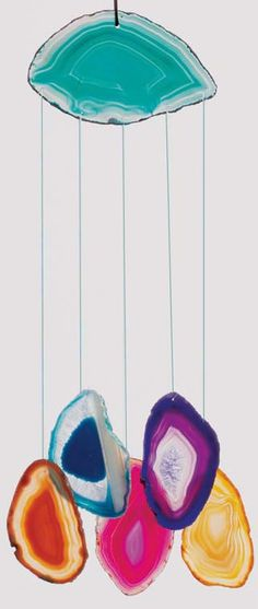 agate slice windchimes- really pretty and a great idea!