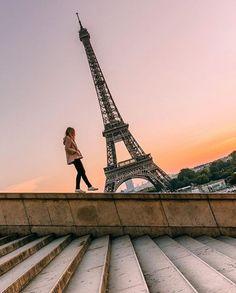 dametraveler:  Дам путешественник @morganetgy | Париж, Франция #dametraveler � захвачен @wonguy974 ⚜какая ваша любимая вещь о Париже? Тег другу телепортироваться с Вами � (на Эйфелеву башню)