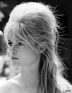 bridgette bardo beehive hairdo | Brigitte Bardot (the original beehive)