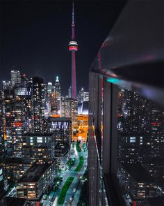 I was born in Toronto,Ontario and the CN tower is such an important landmark in Toronto. If your in Toronto this is the place to visit, the lights that comes from the tower at night is amazing. Toronto Canada, Toronto City, Downtown Toronto, Canada Canada, Toronto Travel, Toronto Photography, City Photography, Iphone Photography, Wallpaper Toronto