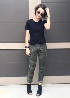 Black tee, camo pants cuffed, black peep toe booties. Outfit inspiration. OOTD. #CurrentlyWearing