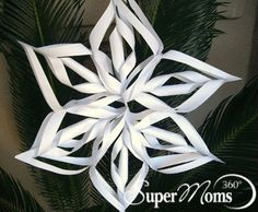 Super Moms 360° Article - Holiday and Seasonal Fun - Simply Snowflakes
