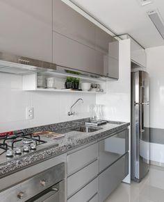 Small Toilet, Kitchen Cabinets, Cleaning, Interior Design, Gabriel, Home Decor, Nova, Decor Ideas, Instagram