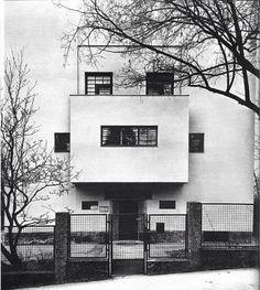 Casa Moller 1927 Starkfriedgasse 19, Viena.