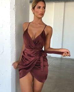 Oh polly💋! Source by dress short Satin Dresses, Sexy Dresses, Cute Dresses, Dress Outfits, Short Dresses, Fashion Outfits, Silk Short Dress, Black Satin Dress, Blue Silk Dress