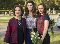 This Gilmore Girls Cemetery Photo Is the Saddest Pic from Netflix's Revival | E! Online Mobile