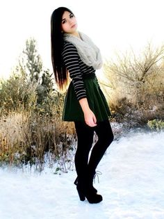 Clothes For Teens Hipster Winter Skater Skirts Ideas Winter Skirt Outfit, Fall Winter Outfits, Skirt Outfits, Autumn Winter Fashion, Christmas Outfits, Black Skater Skirt Outfit, Navy Skirt, Skater Dress, Beauty And Fashion