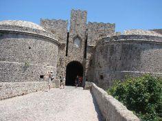 Ancient Rhodes: entrée de la vieille ville
