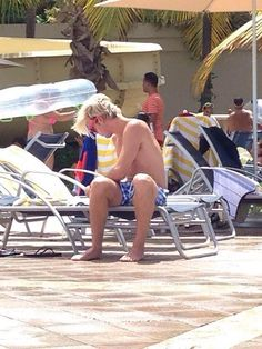 Riker by the pool