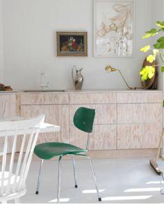 Keuken - multiplex    Scandinavian Retreat: Playing with plywood