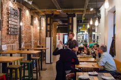 The Stuyck Co. C/ Corredera Alta de S. Pablo, 33 (14 grifos de cervezas artesanales que rotan semanalmente, combinadas con Street food)