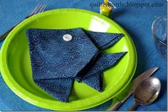 Fun fish napkin fold! Great for a summer party or kids birthday party