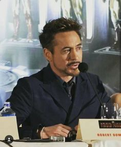 Robert Downey jr / Iron man
