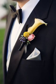 floral wedding boutonniere