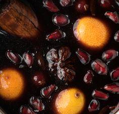 Χριστουγεννιάτικο Κρασί !!! | NEANIKON Plum, Fruit