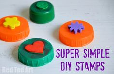 """Bottle Top Crafts – simple DIY stamps (Thinking that for kids w/o good fine motor skills, screw the bottle back on the caps, giving them a """"bigger"""" surface to hold on to when they use the stamps. Fun Crafts, Crafts For Kids, Arts And Crafts, Party Crafts, Bottle Top Crafts, Diy Bottle, Bottle Caps, Create Your Own Picture, Crafty Kids"""